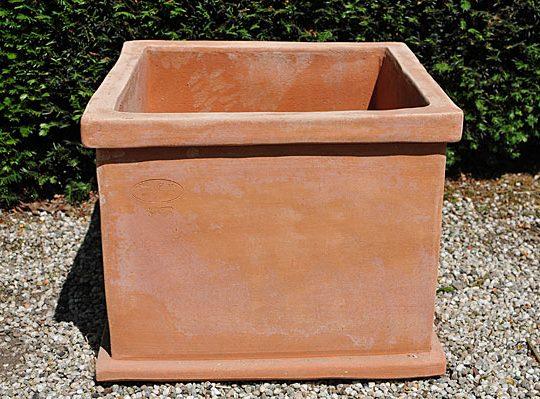 Terracotta pot vierkant cubo liscio