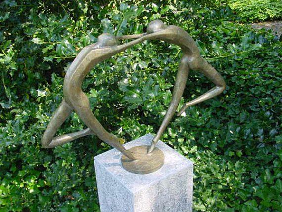 Bronzen beeld abstract danspaar