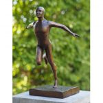 sprintende man brons